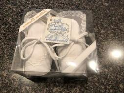 NIB Feltman Brothers Baby Shoes Booties white Lace Detail Ne